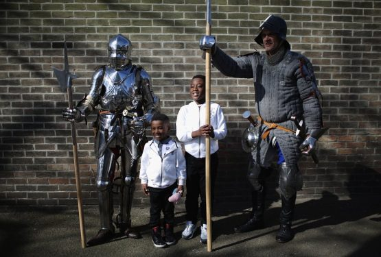 {PRESS} Reburial of Richard III